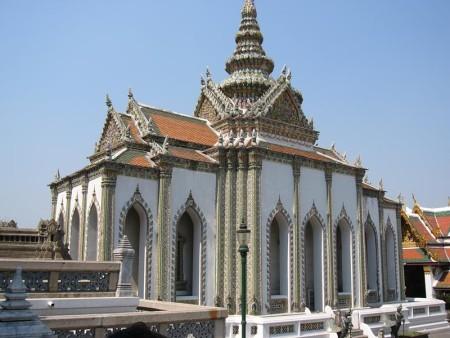 タイ  チャオプラヤエクスプレスボートで行くワットプラケオ 【タイ】