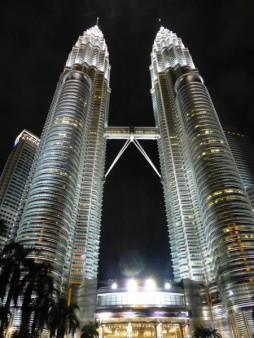 マレーシア  ペトロナスツインタワーと市内散策 【マレーシア】