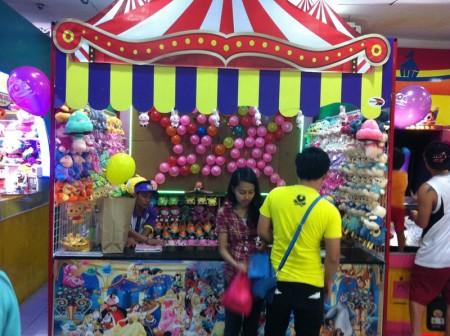 フィリピン  エリザベスモール(Eモール)のゲームセンター