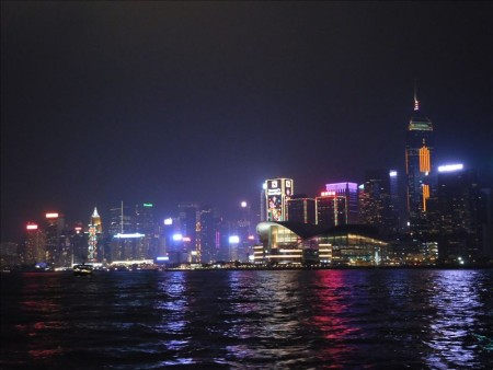 香港  セントラルからバスでビクトリア・ピークへ_100万ドルの夜景鑑賞