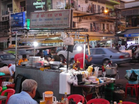 カンボジア  カンボジアのB級グルメ(屋台料理)_その1 【プノンペン】