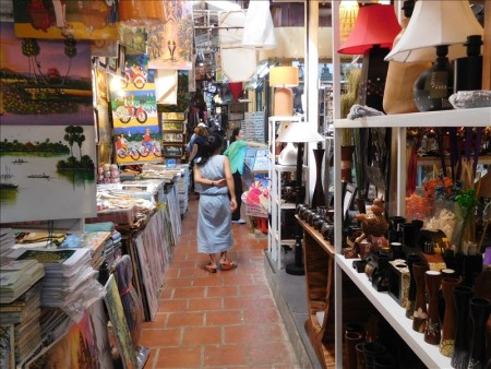 カンボジア  プノンペンのマーケット(セントラルマーケット、オルセーマーケット、ロシアンマーケット)