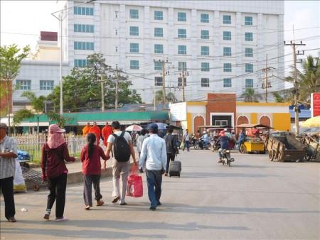 カンボジア  バスで一気に国境越え_プノンペン~バンコクの詳細情報
