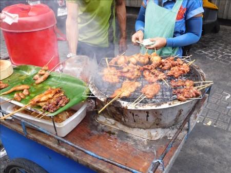 タイ  裏カオサン ランブトリ通り~ワット・チャナソンクラームをブラブラ