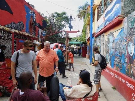 キューバ  カジェホン・デ・ハメルは奇抜なアートストリート 【キューバ旅行】
