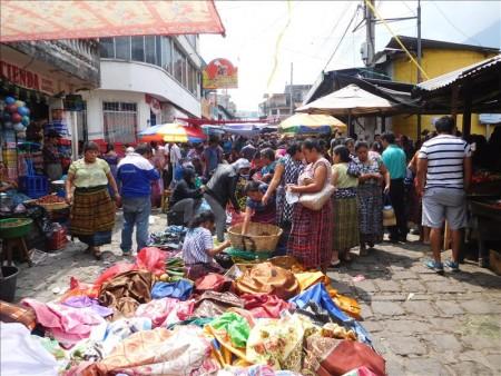 グアテマラ  サンペドロラグーナの市場(メルカド)周辺を散策 【グアテマラ旅行】