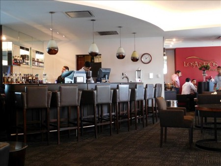 グアテマラ  ラ・アウロラ国際空港の「LOS ANEJOS LOUNGE」【グアテマラ】