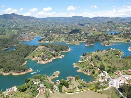 コロンビア  悪魔の岩「エルペニョール」からの素晴らしすぎる絶景 【メデジン】
