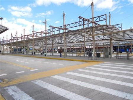 エクアドル  カルセレンバスターミナルから安宿「ホスタル・スクレ」へ 【キト】