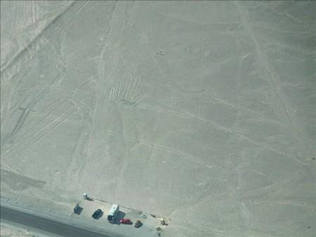 ペルー  壮大で謎だらけの「ナスカの地上絵」をセスナで見学
