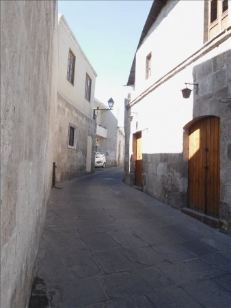 ペルー  ペルーには世界遺産がいっぱい_今度は「アレキパ市の歴史地区」