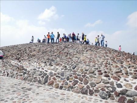 メキシコ  世界遺産テオティワカン遺跡の巨大ピラミッド【メキシコシティ】