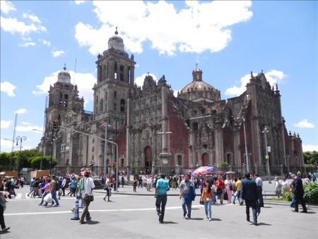 メキシコ  パスポートを握りしめて国立宮殿見学へ 【メキシコシティ】