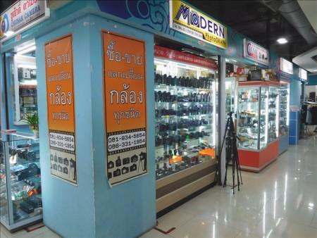 タイ  中華街をブラブラ散策_サパーンレックがこんな所に【バンコク】