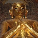 ミャンマー  ポッパ山 タウンカラッにある天空の寺院_何でこんな所に??