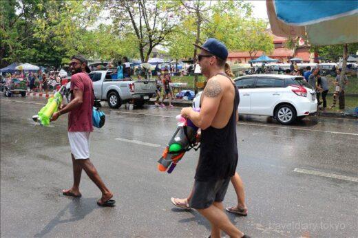タイ  年に一度の水掛け祭り「ソンクラーン」をチェンマイで初体験