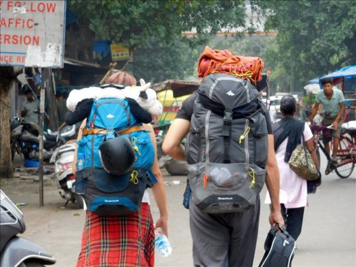 インド  メトロに乗ってショッピングモールめぐり【ニューデリー】