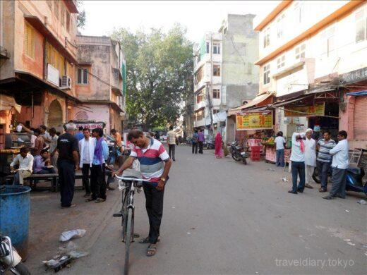 インド  メトロに乗ってジャイプルのピンクシティへ行ってきた