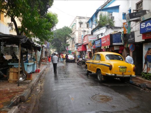 インド  ディーワーリーにサダルストリートで安宿探し【コルカタ】