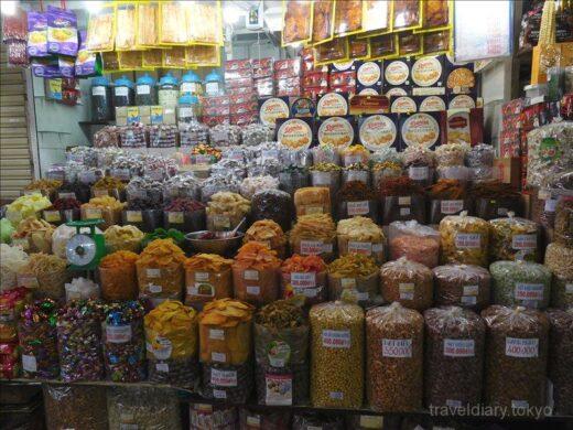 ベトナム  ホーチミンの街をブラブラ散策_ベンタイン市場とか