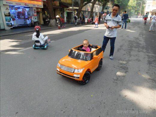 ベトナム  ハノイの街をブラブラ散策_セントジョセフ教会とか