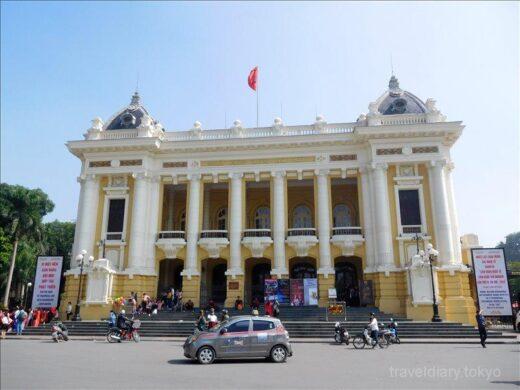 ベトナム  ハノイの街をブラブラ散策_ベトナムは卒業式の時期だった