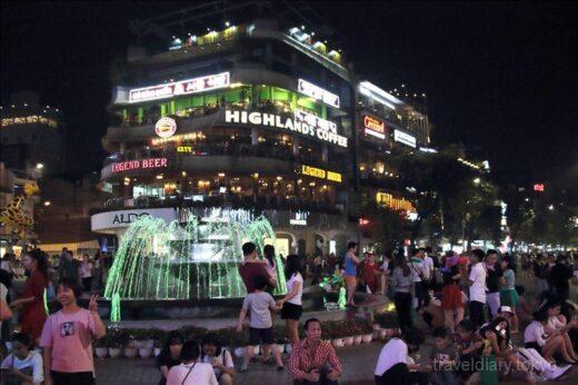 ベトナム  ロンビエン橋を見学してから夜のハノイを散策【ベトナム】