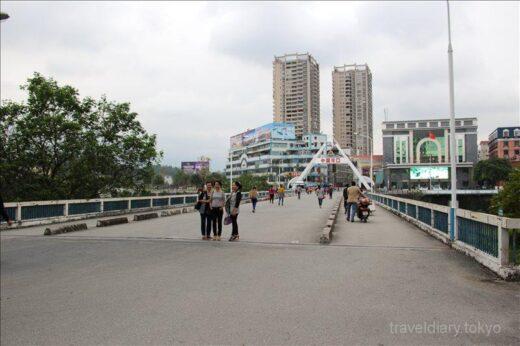 中国  ラオカイから河口へ歩いて国境越え_河口の安宿情報とか