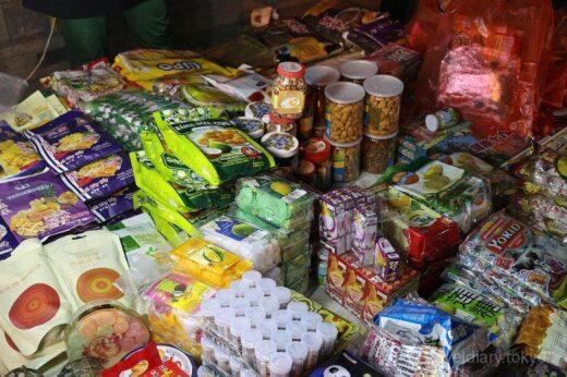 中国  景洪の勐腊路にあるナイトマーケットに行ってきた【中国】
