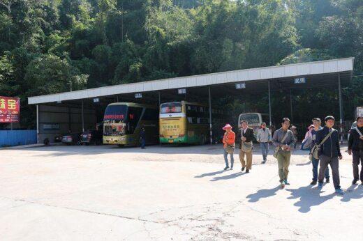 中国  景洪(ジンホン) ⇒ 磨憨(モーハン)_国境へのバスで移動【中国】