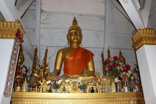 ラオス  丘の上の仏塔「サーマッキーサイ仏塔寺院」を見学してきた【ラオス】