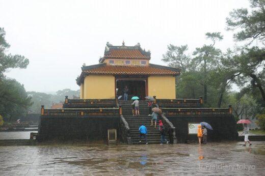ベトナム  フエの世界遺産「歴史的建造物群」ミンマン帝陵【ベトナム】