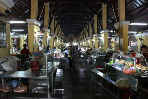 ベトナム  入場チケットを買って旧市街を散策_ホイアン市場とか【ホイアン】
