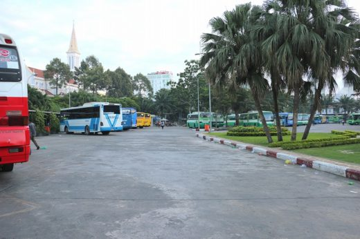 ベトナム  ホーチミン ⇒ プノンペン_デタムストリートからカンボジアへバス移動